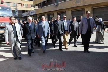 ''عزيز'' وقيادات جامعة سوهاج يحررون توكيلات تأييد للرئيس السيسي