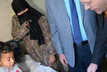 رئيس جامعة سوهاج يواصل جولاته اليومية للمستشفى الجامعى