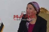 """وزيرة البيئة تشارك فى إطلاق مبادرة وزارة الشباب """"شارك ونضف"""""""