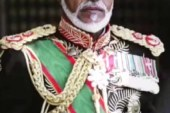 رئيس الصحفيين العمانية يؤكد صحة سلطان عمان