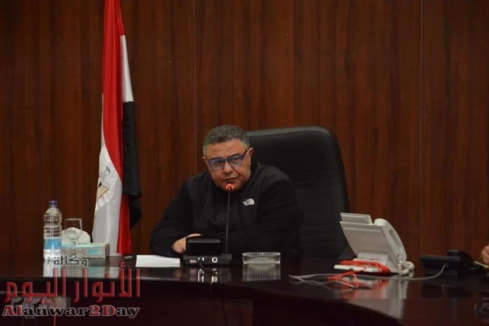 عمرو حنفي يستعرض خطة المحافظة 2020 ويؤكد تيسير الإجراءات وحسن معاملة المواطنين