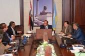 محافظ الإسكندرية يناقش مشروعات حماية شواطيء الإسكندرية وكيفية حمايتها من الأمواج العالية التي تتعرض لها