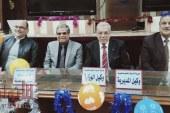 عجلان وسلامة وشاهين يكرمان الدكتور اشرف سرج مدير الشئون التنفيذية بتعليم القليوبية
