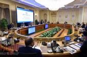 """اللجنة العليا لإدارة أزمة فيروس """"كورونا"""" المستجد تطالب وسائل الإعلام ومستخدمى وسائل التواصل الاجتماعى بالالتزام بالبيانات الرسمية"""